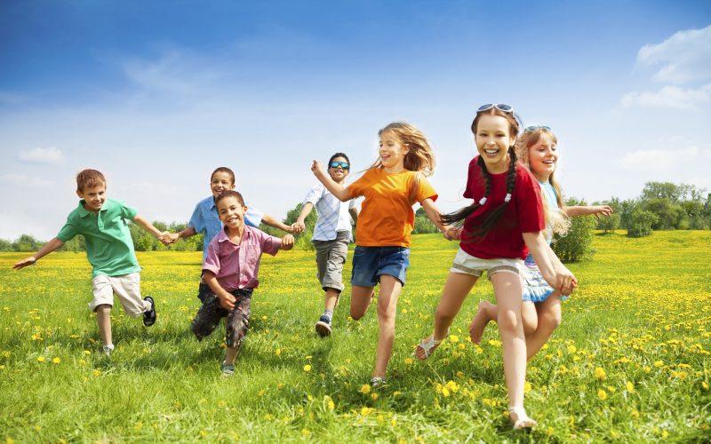Happy-kids-beautiful-wallpaper
